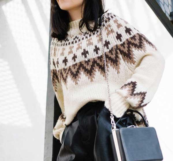 Альпийский модный свитер