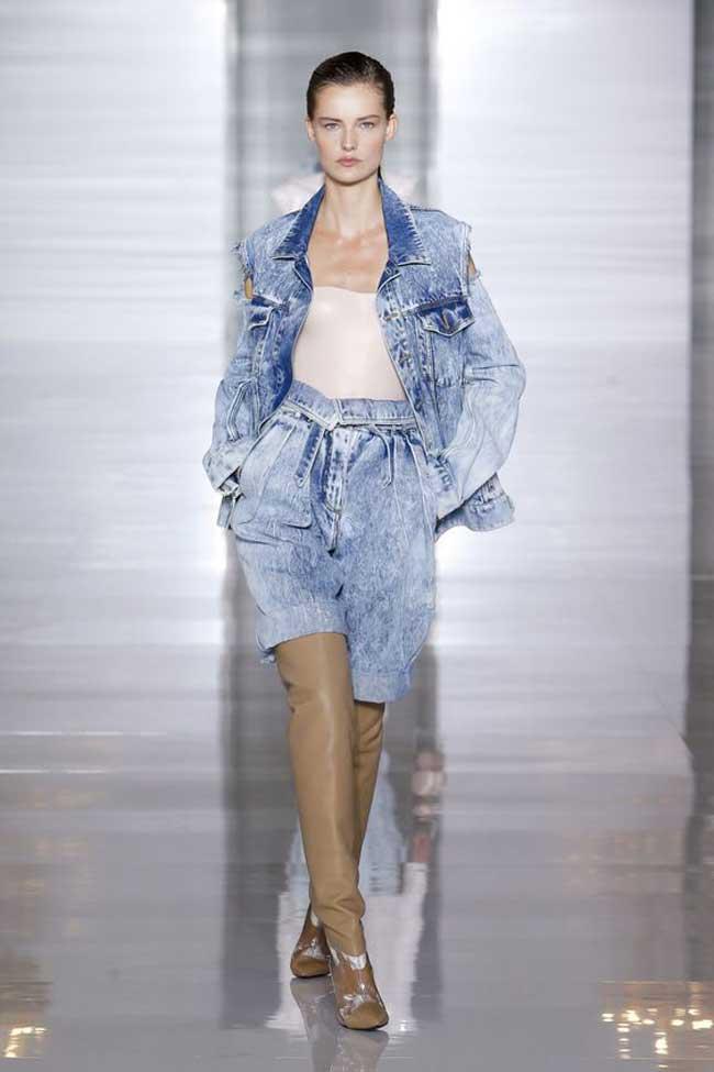Модные джинсовые бермуды Balmain