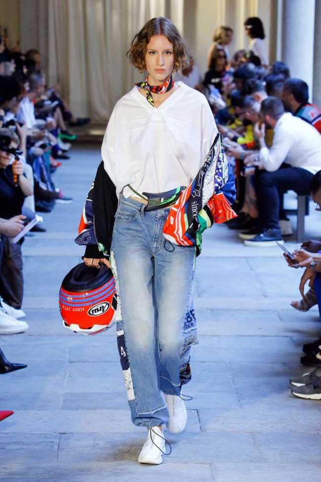 Модные джинсы 2019 с декором