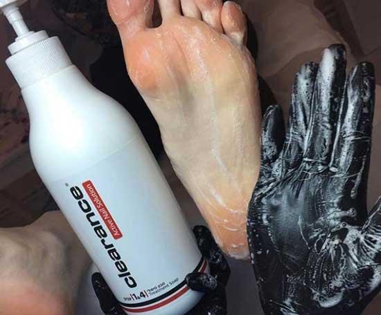 Грамотный уход за ногами - маска против кератоза