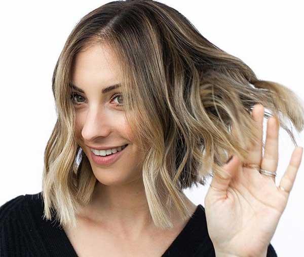 aktualnye-zhenskie-strizhki-2019-2020-na-srednie-volosy-foto-10 Красивые стрижки на средние волосы 2019-2020, фото, идеи стрижки на средние волосы