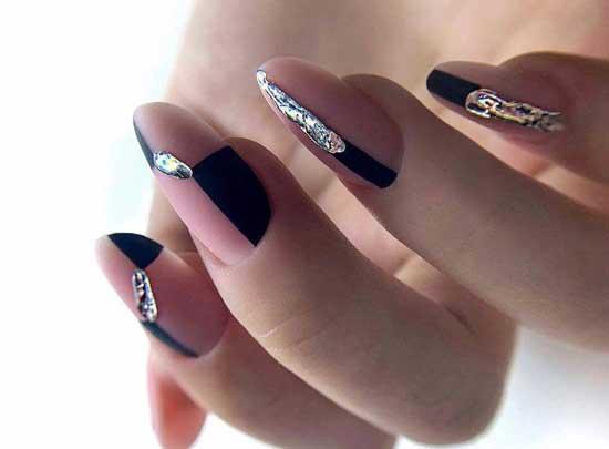 Декор и дизайн модных ногтей