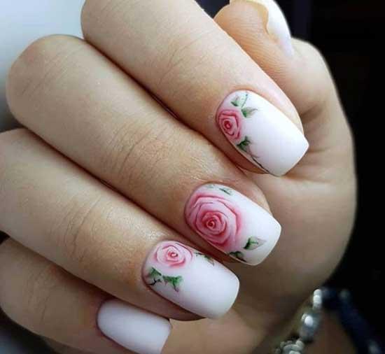 Модные ногти 2019-2020 розовые розы