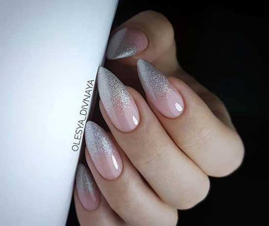 Градиент мульти-блёстками острые ногти