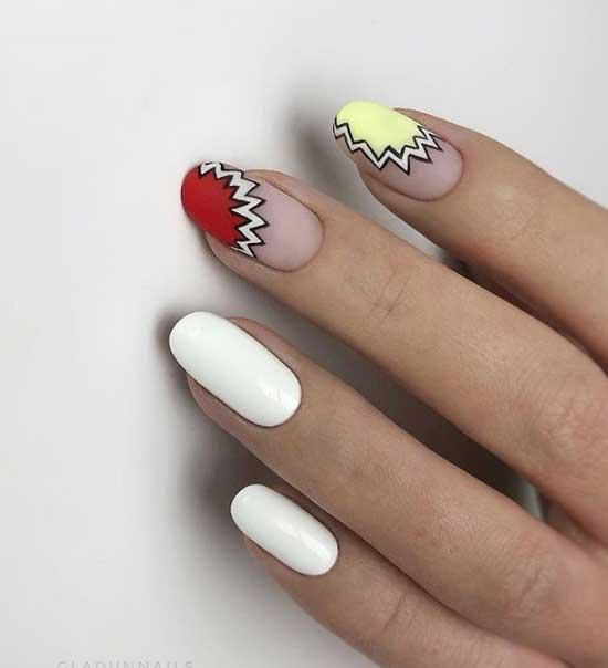 Дизайн ногтей в отпуск с негативным пространством