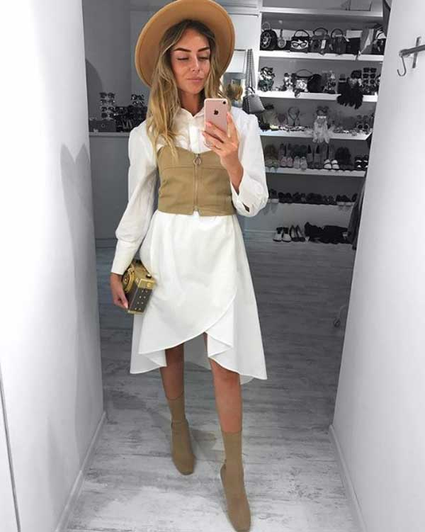 Белое платье-рубашка с корсетом