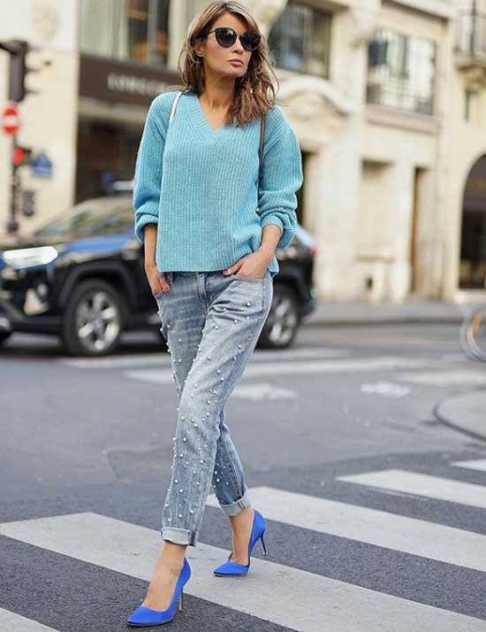 Образ со свитером и объемными джинсами