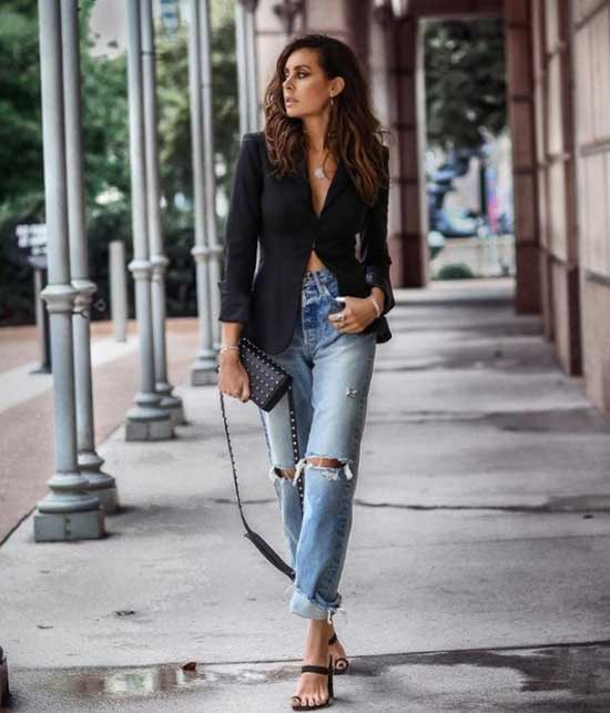 Модные образ девушки с джинсами бойфренда