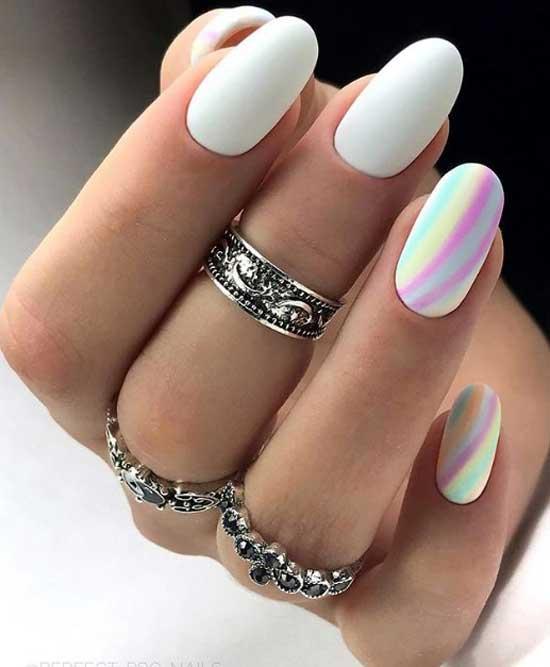 Неоновая радуга на ногтях