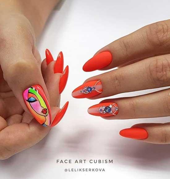 Стразы на ногтях под цвет покрытия