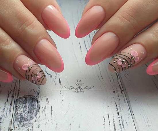 Розовый маникюр с объемными единичными деталями
