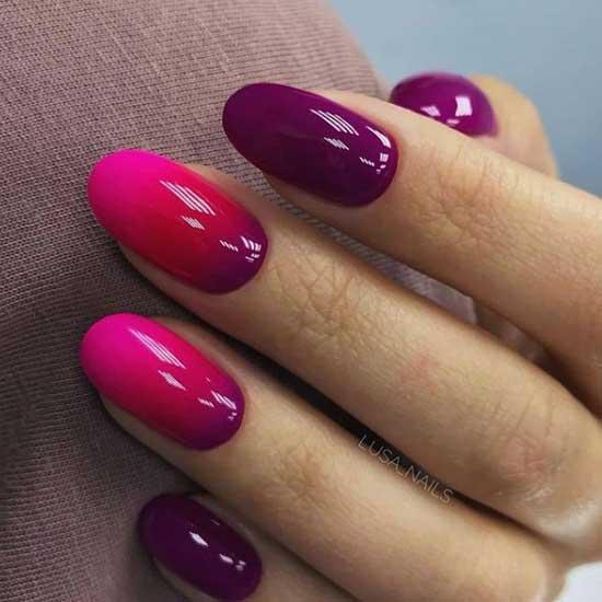 Розово-фиолетовый маникюр в стиле градиент
