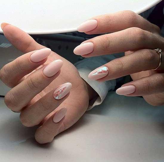 Дизайн ногтей битое стекло с эффектом голографии