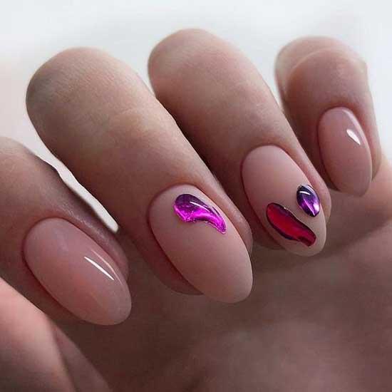 розовый маникюр и дизайн капли плавленного металла