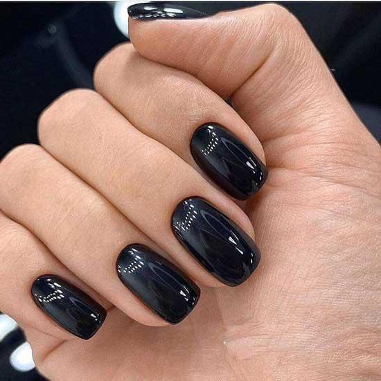 Черный модный маникюр осень