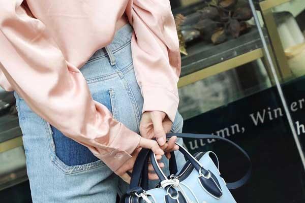 Подборка актуальных образов с джинсами