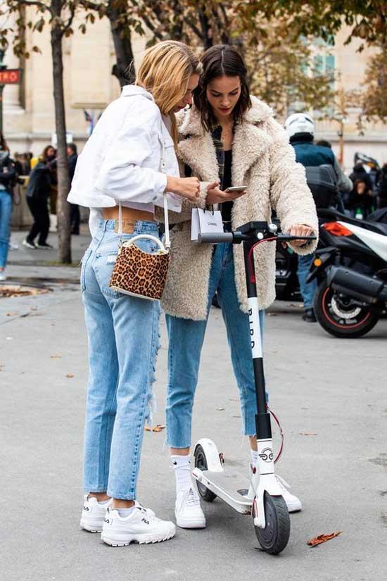Фото модных образов с джинсами