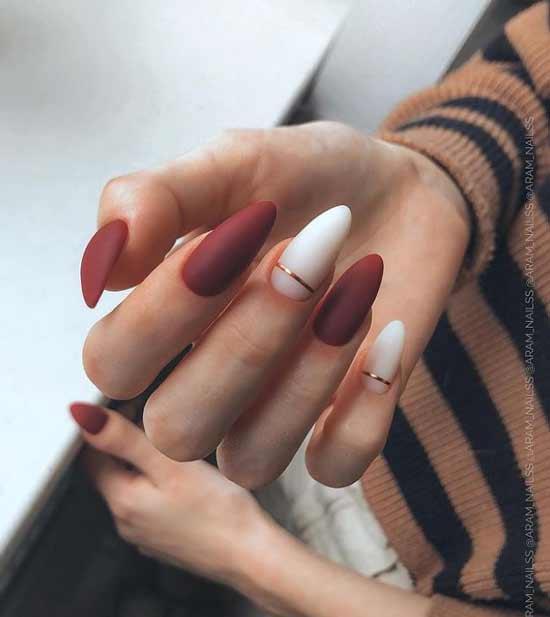 Длинные темные ногти