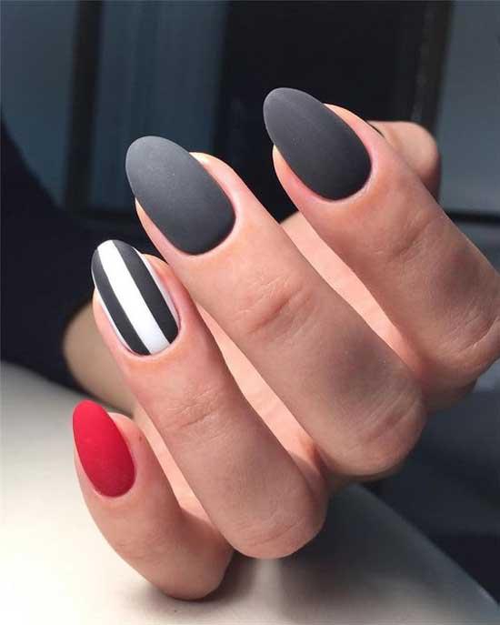 Серый элегантный маникюр