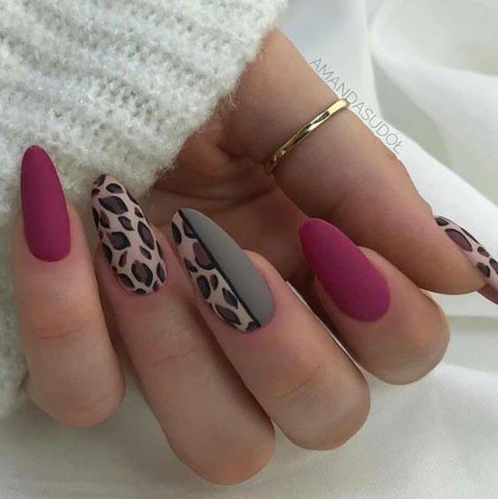 Фиолетово-серый леопардовый маникюр