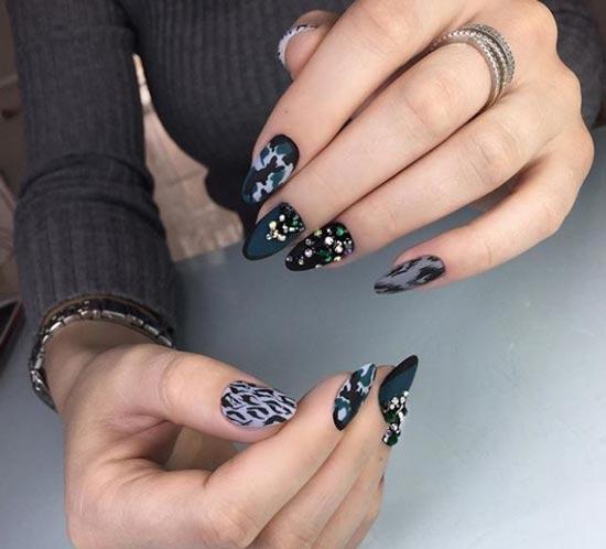 Леопардовый маникюр в темном цвете