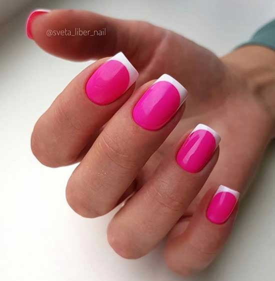 Подложка цвета фуксия и белые кончики ногтей