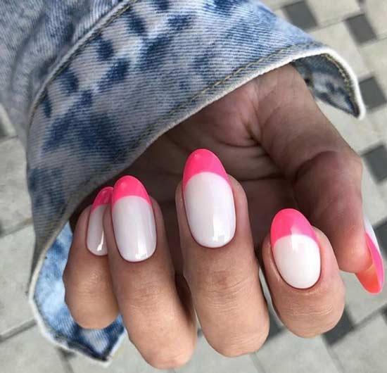 Цветной френч на овальных ногтях