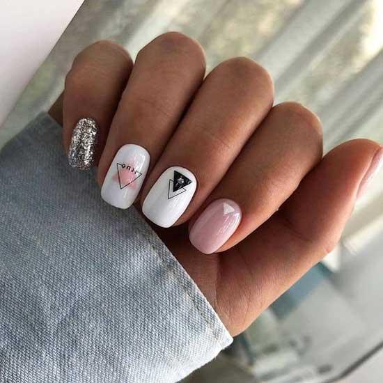 Изящная геометрия дизайн для короткой длины ногтей