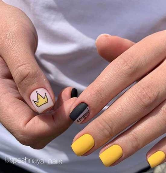 Короткие ногти матовый дизайн