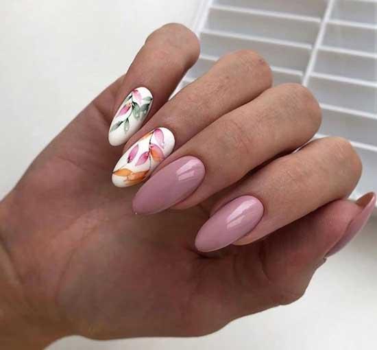 Роспись ногтей акварелью