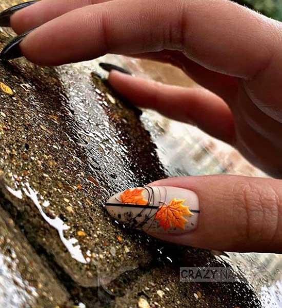 Объемный осенний листочек на ногтях