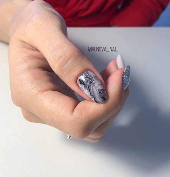 Текстура камня на ногтях с серебристым отливом