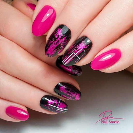 Черно-розовый маникюр с паутинкой