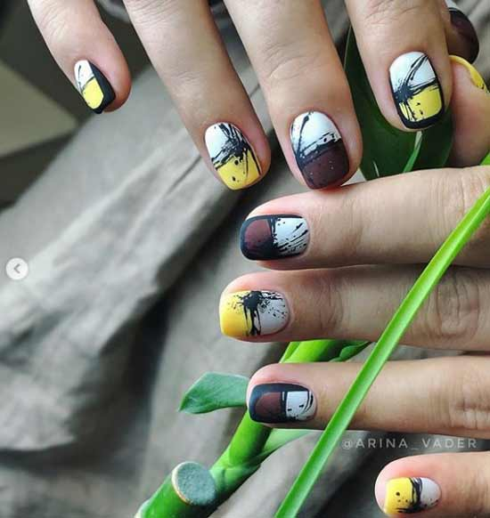 Черная вуаль на коротких ногтях