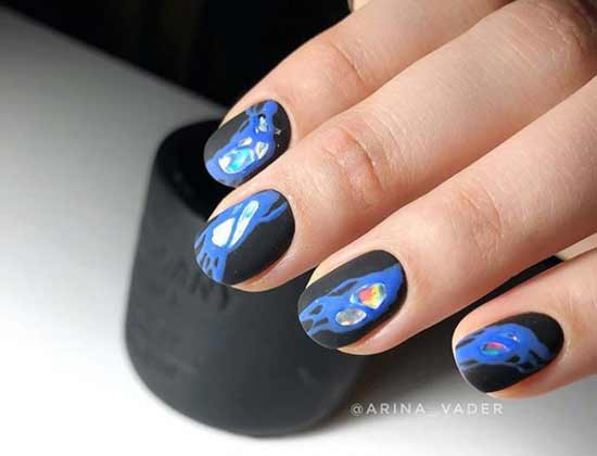 Черно-синий дизайн коротких ногтей