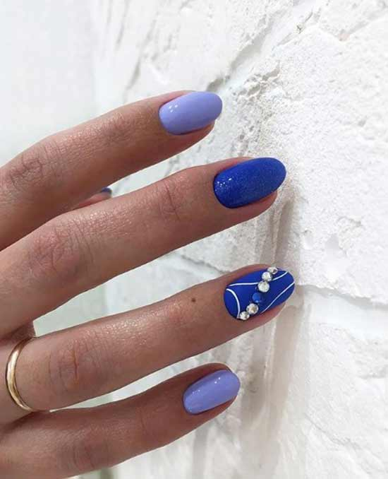 Сине-голубой дизайн маникюра