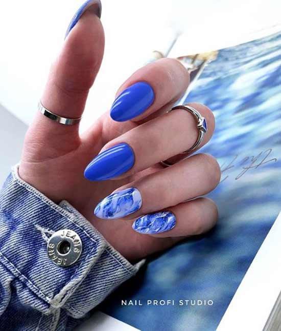 Светло-синий с серебряными блестками