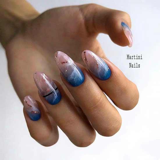 Синий с морской тематикой дизайн маникюра