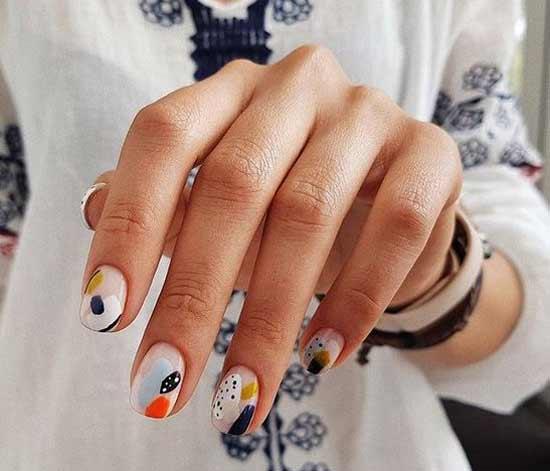 Роспись ногтей с геометрией