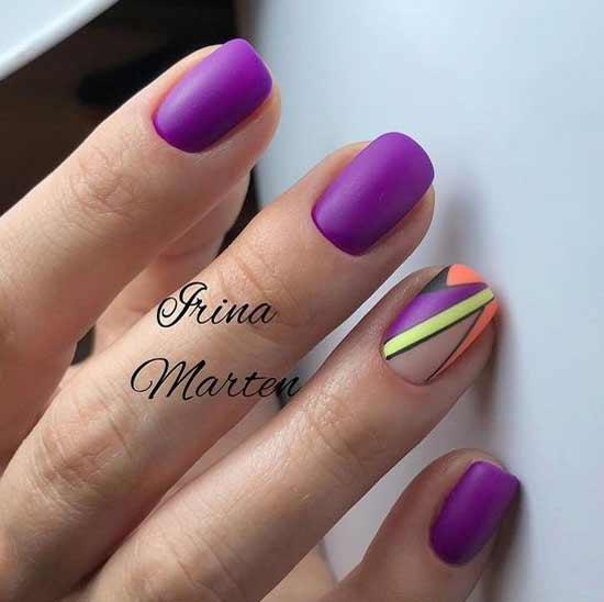 Фиолетовый маникюр с геометрией