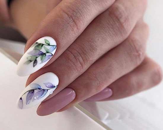 Длинные ногти с нежным рисунком