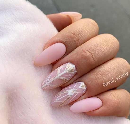 Длинные ногти с неометрией