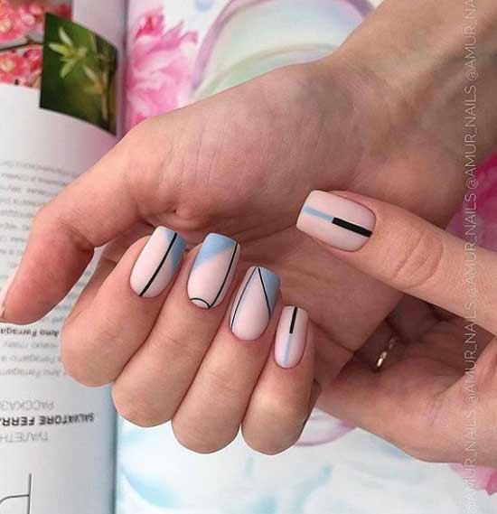 Голубой френч короткие ногти