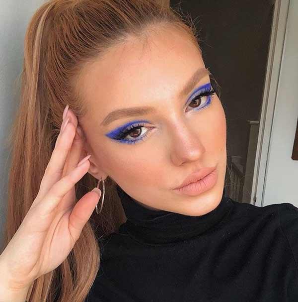 Макияж глаз в синих тонах тренд 2020