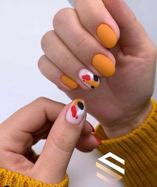 Яркий оранжевый маникюр весна