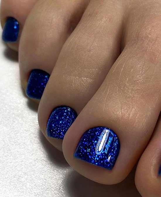 Модный синий педикюр