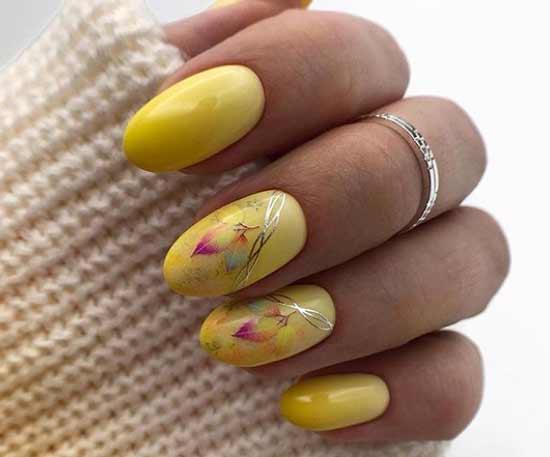 Летний желтый маникюр