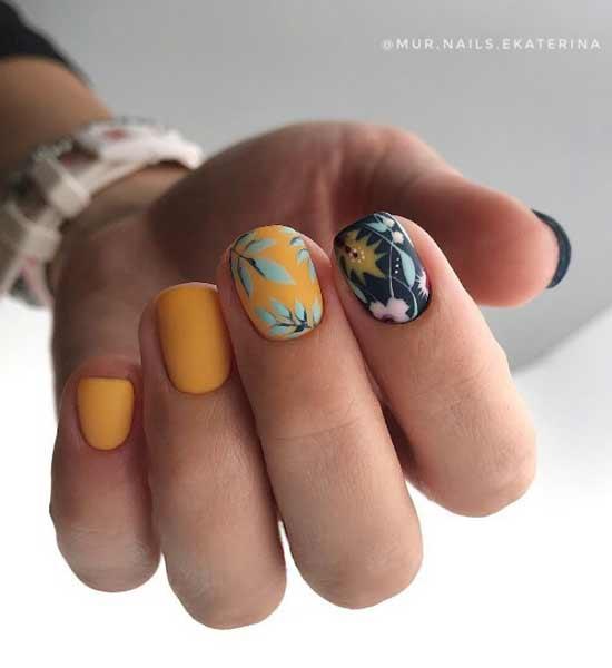 Флористика на ногтях