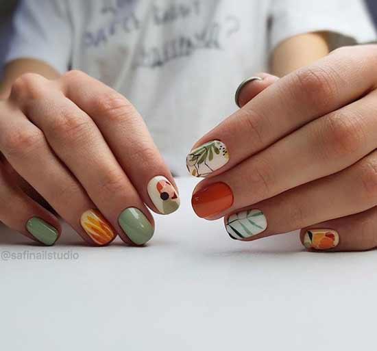 Мятный с рисунком короткие ногти