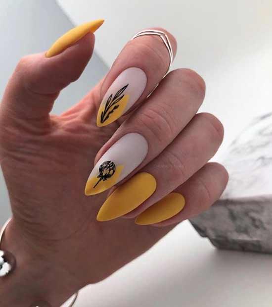 Цветной френч на двух ногтях